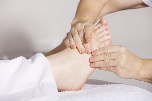 foot massage can improve circulation